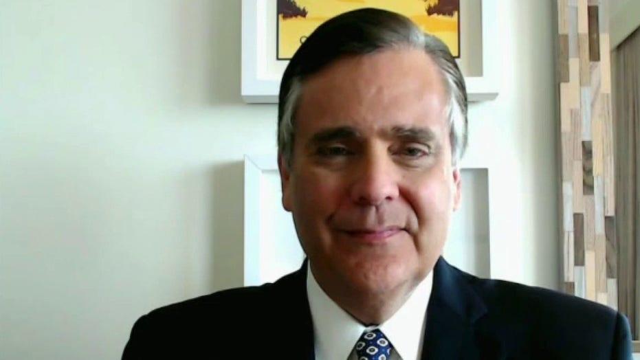 """Firmy """"prawdopodobnie"""" pozwolono wymagać szczepionki przeciw COVID: Jonathan Turley"""