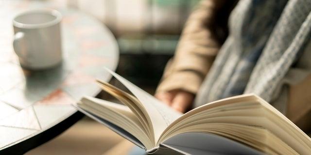 Respondenti odpovedali, ako často čítali knihy, hrali dámu, spoločenské hry, karty a puzzle, uviedli vedci.