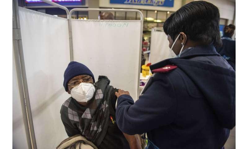 Republika Południowej Afryki przyspiesza pęd do szczepień, za późno na ten wzrost this