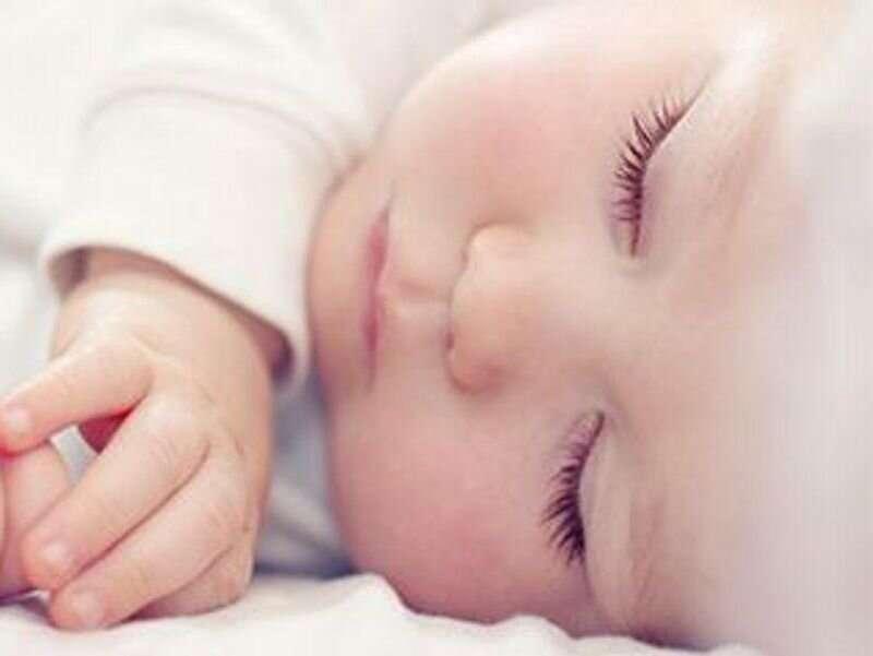 AAP emite linii directoare pentru gestionarea sugarilor tineri cu febră