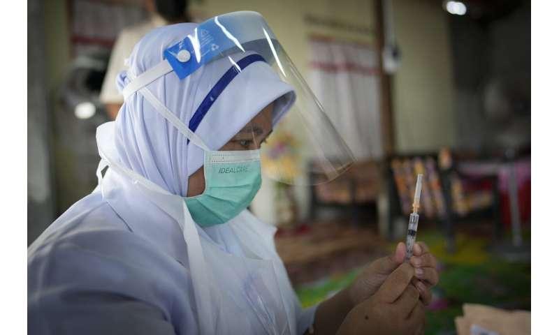 Malezija zatvorila je centar za cijepljenje nakon 204 zaraženih djelatnika