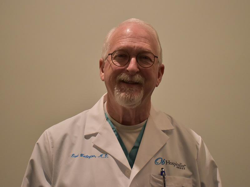 Sinds zijn hartaanval is Dr. David Watlington overgestapt op een overwegend plantaardig dieet en blijft hij zich inzetten voor het handhaven van een gezonde levensstijl. (Foto met dank aan Dr. David Watlington)