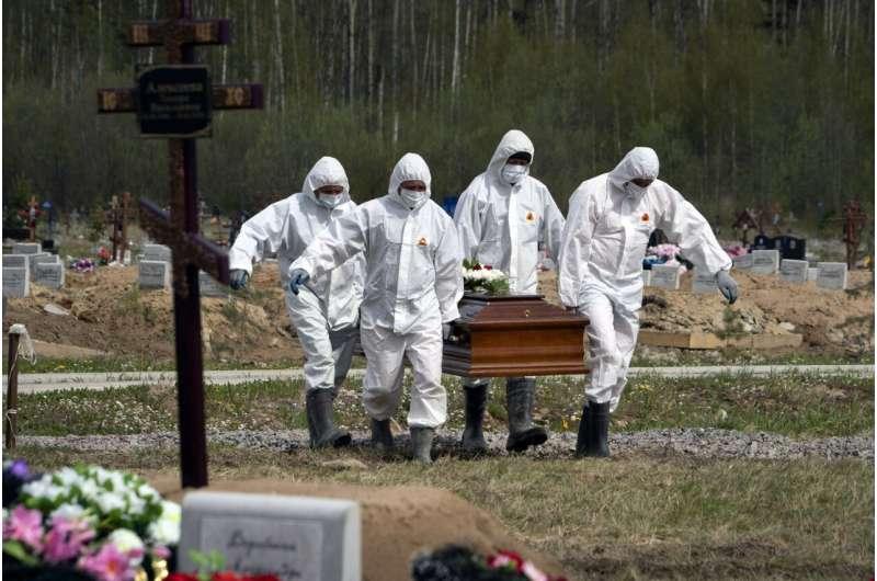 Rússia atribui aumento de mortes em junho à variante delta