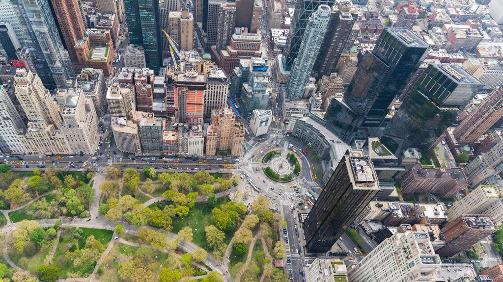 Columbus Circle in New York City van bovenaf